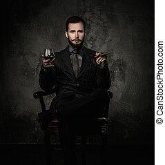 bello, bene-vestito, con, vetro, di, bevanda, e, sigaro
