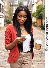 bello, caffè, donna, testo, lontano, giovane, prendere, messaggio, lettura