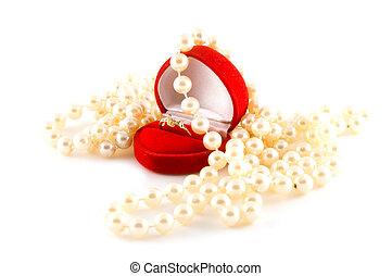 bello, collana di perle