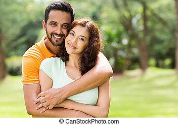 bello, coppia, indiano, giovane, fuori