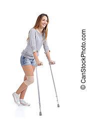 bello, crutches, donna sorridente, zoppicare