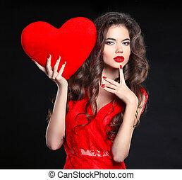 bello, cuore, brunetta, nails., bellezza, valentines, isolato, makeup., giovane, day., fondo., donna, nero, chaplet, manicured, ritratto, ragazza, regalo, rosso