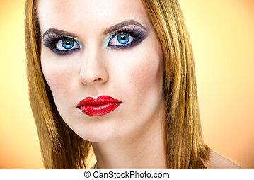 bello, dagli occhi azzurri, donna, con, lusso, trucco