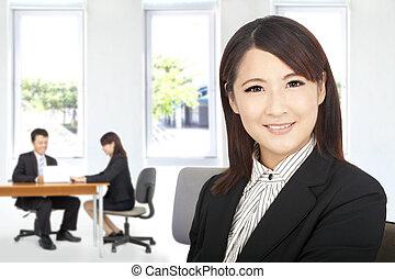 bello, donna d'affari, in, ufficio