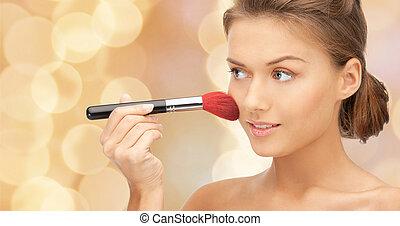 bello, donna sorridente, con, recuperare spazzola