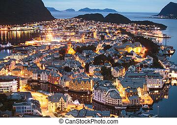 bello, estate, aksla, aereo, largo-angolo, città, ponte, vista, scenario, orizzonte, alesund, osservazione, visto, montagna, oltre, super, norvegia