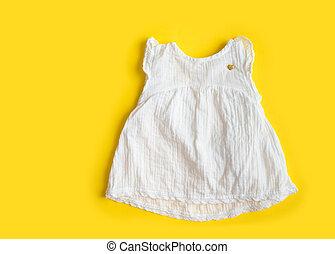bello, estate, mussola, vendemmia, -, sfondo giallo, ragazza bambino, vestire, bianco, cotone