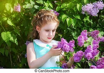 bello, garden., poco, primavera, blu, arco, grande, princess., ragazza, vestire, bianco