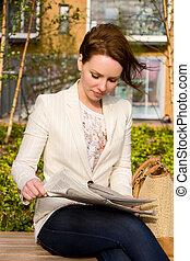 bello, giornale, lettura donna
