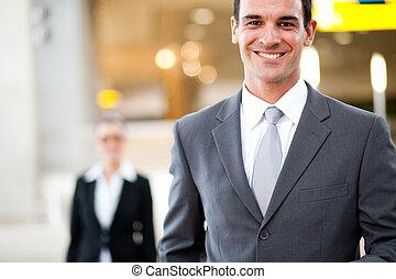 bello, giovane, uomo affari, ritratto