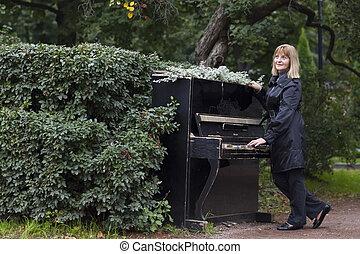 bello, signora, pianoforte esegue, in, un