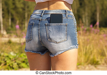 bello, smartphone, jeans, tasca posteriore, ragazza nera