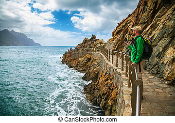 bello, uomo, turista, de, bodegas, roque, playa, godere, paesaggio, las