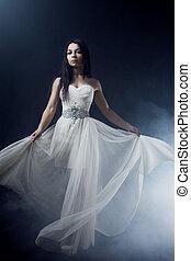 bello, vestire, woman., ragazza, giovane, lungo, sfondo scuro, sexy, misterioso, ritratto, bianco, mistico, stile