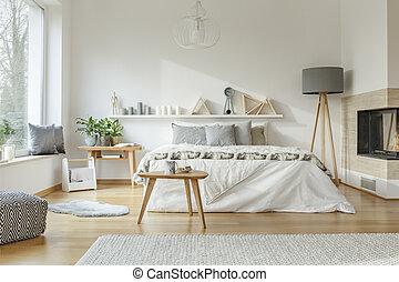 belső, kényelmes, tágas, hálószoba