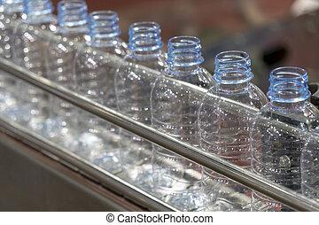 belt., palack, kézbesítő, műanyag