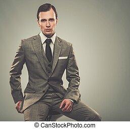 bem-vestido, homem, cinzento, paleto
