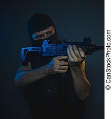 bemanna, träff, beväpnat, och, farlig, man, med, balaclava, och, skottsäker undertröja, begrepp, mördare, avtal