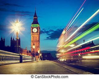 ben, grand, autobus, mouvement, uk., nuit, londres, rouges