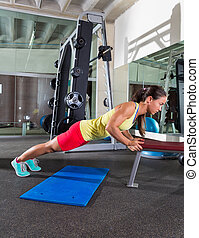 bench triceps push up woman at gym