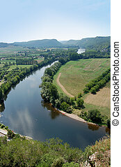 Bend in the Dordogne from Chateau Beynac