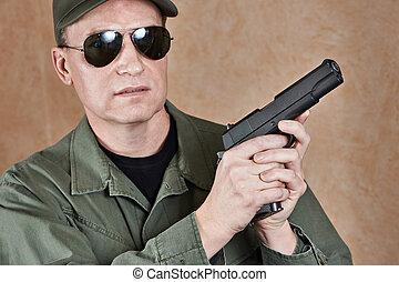 bennünket, egyenruha, erőltet, katona, pisztoly, különleges