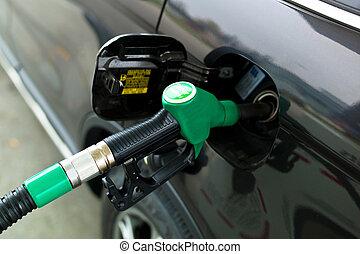 bensin utfyllnad förlagt, kran