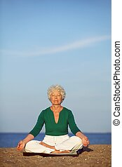 Beoefenen,  senior, vrouw,  yoga, morgen