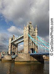 berühmt, ragen brücke hoch, london.