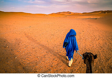 Berber guide on Merzouga sand dunes