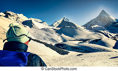 berg, bergen, himalayas, hoog, sneeuwde, het kijken, afstand, trekker