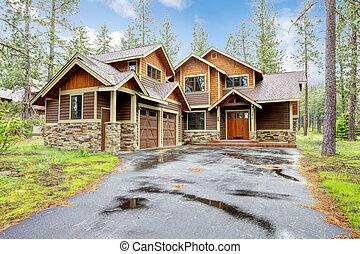 berg, luxehuis, met, steen, en, hout, exterior.