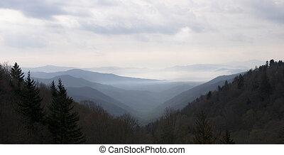 berg, rauchig, sonnenuntergang