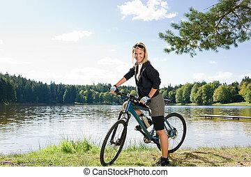 berg, vrouw, verslappen, meer, jonge, biking