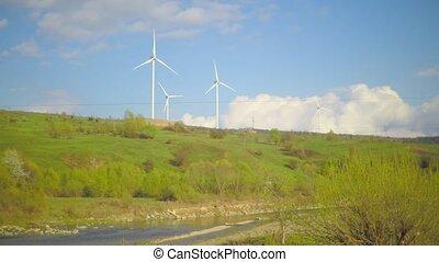 berg, wolkenhimmel, Macht, himmelsgewölbe, unterhalb,  Station, strömend, Fluß,  Wind