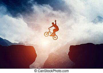 berge, aus, springende , abgrund, fahrrad, bmx, mann, sunset.