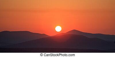 berge, landschaftlich, aus, sonnenuntergang, orange, ansicht