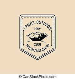 bergen, buiten, landschap., logo., kamp, etiket, adventures., vector, hipster, retro, badge, hand, getrokken, meldingsbord, toerisme