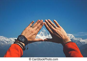 bergen, in, ons, handen