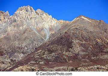 bergen, nepal, dor