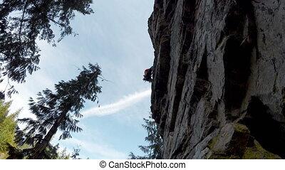 bergsteiger, extremklettern, auf, der, felsformation, 4k