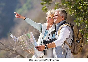 bergtop, leeftijd, hikers, midden