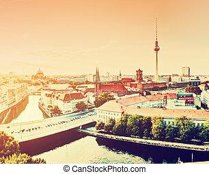 berlín, alemania, vista, en, mayor, señales