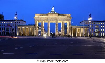 Berlin Time lapse of Brandenburg Gate - Timelapse video...