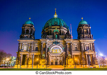 Berliner Dom in the night. Berlin Cathedral (Berliner Dom)  BERLIN. Germany