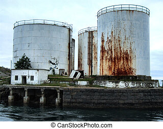 berozsdásodott, olaj, tartály