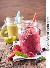 berry and kiwi smoothie