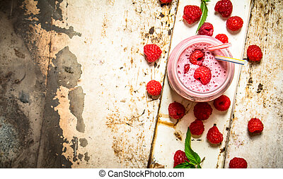 Berry smoothie made from wild raspberries.