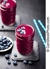 Berry smoothie with fresh blueberries