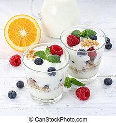Berry yogurt yoghurt with berries fruits cup muesli square breakfast